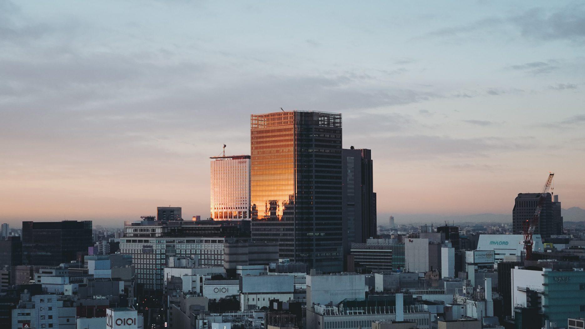 2020年末にみた新宿の朝焼け